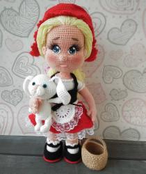 Красная Шапочка по МК Елены Аккоджа