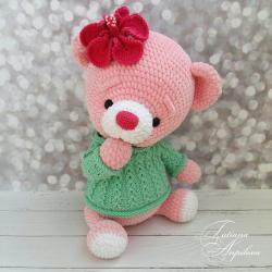 Мишка ягодка