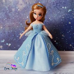 Диана в костюме Золушки-Принцессы