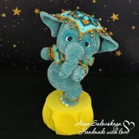 Вязаный крючком бирюзовый слоник