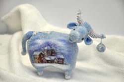 Арт-корова Снежинка