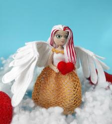 Ангел с подвижными крыльями