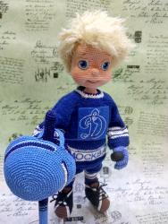 Мальчишка хоккеист