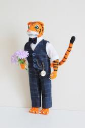 Английский костюм для тигра Теодора.